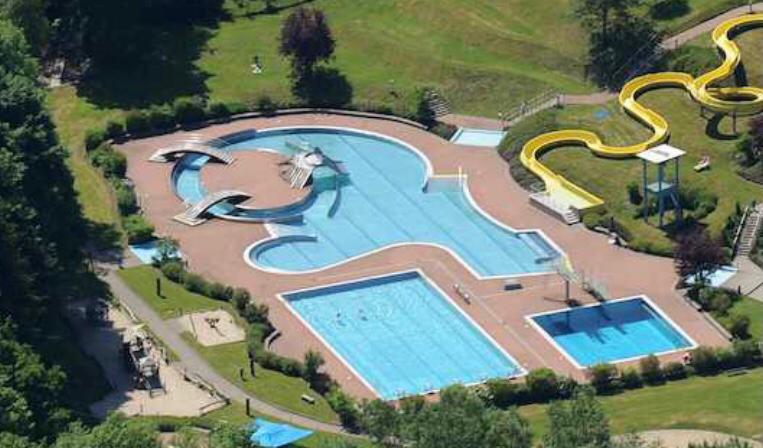 Schüler erhalten Gutscheine für Schwimmkurse